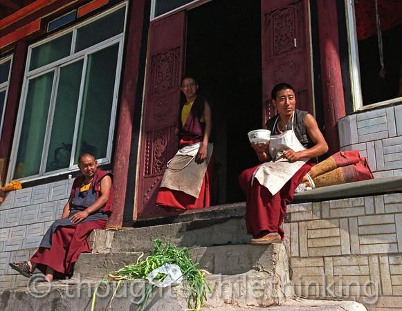Tibet 2006 Ganze Gompa cooks Aug 9