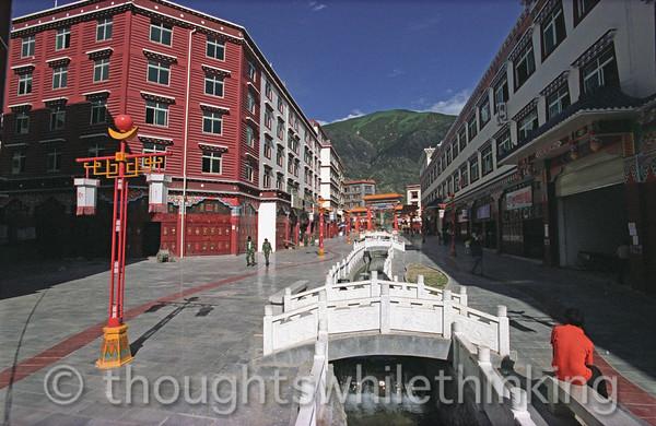 Tibet 2006 Batang Aug 3