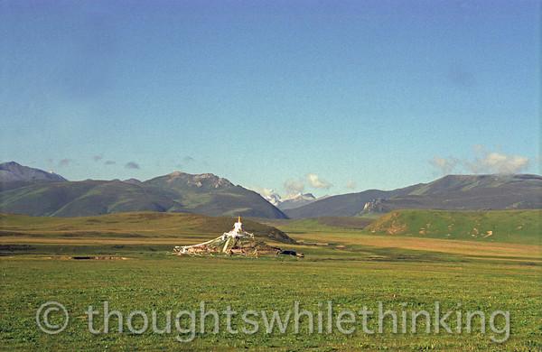 Tibet 2006 Litang to Markham stupa Aug 3