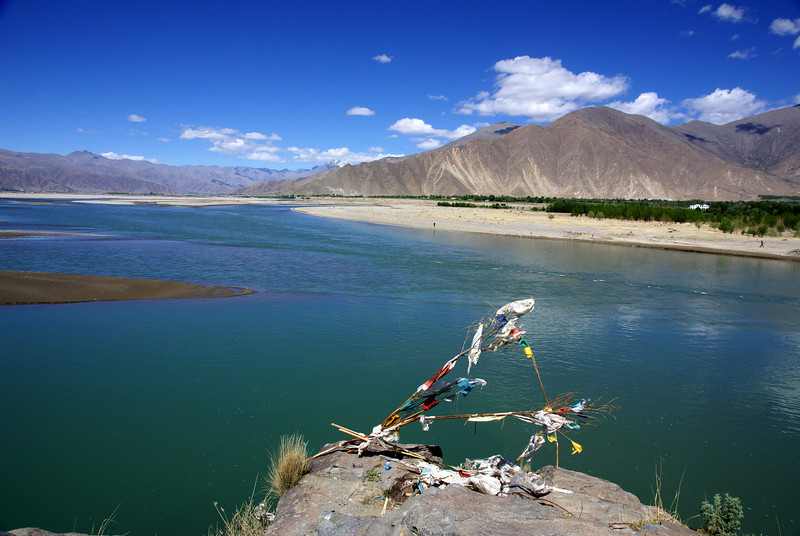 Prayer flags overlooking Yarlung River.