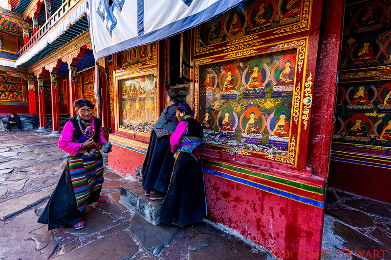 Tashi Lhunpo Monastery with chapels and shrines visited by locals