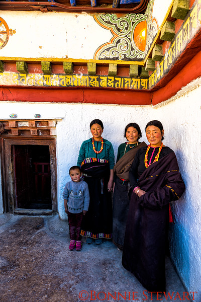 Nomad wives and son visiting the Pelkor Chose Monastery