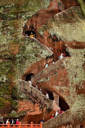 Visitors, Leshan Giant Buddha Staircase