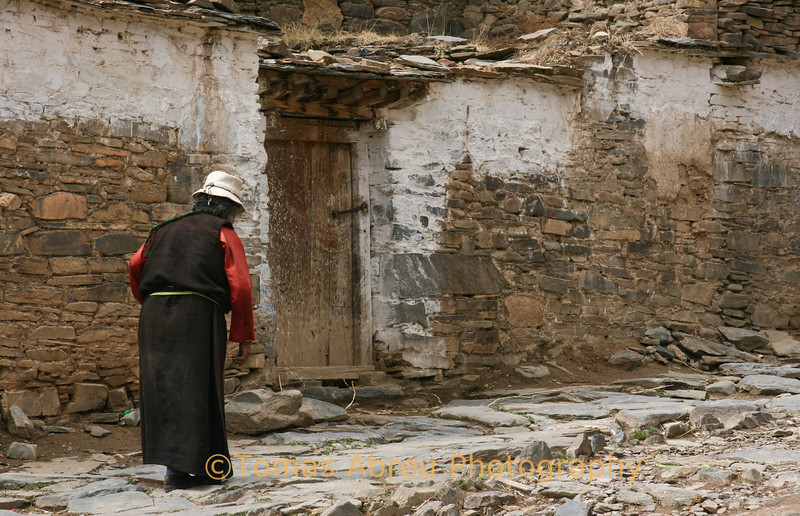 Local woman on her way to Mindroling Monastery, Tibet