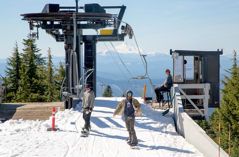 Lower ski-lift with Mt. Jefferson in the background.