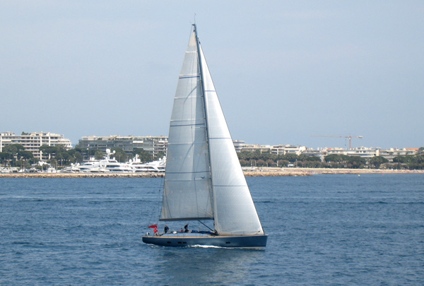a Wally, daysailing of of Cannes