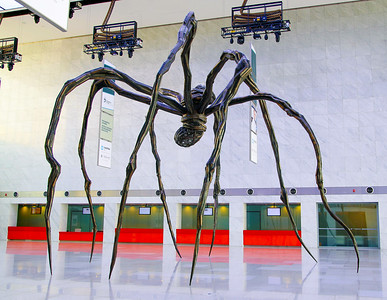 "Louise Bourgeois' ""Maman"" (or ""Mother"") arachne sculpture -- her first in the Middle East.  It stands 30 feet high and the sac contains 26 marble eggs"