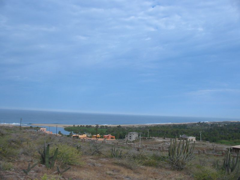 Posada la Poza on the coast and lagoon