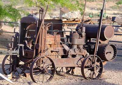 Rusted Ingersoll tractor 5881