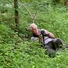 bosmens - of homo photographicus - of silverback (eerder silverhead) - Luc in volle aktie voor een mannetjesorchis - en Luc foto gelukt??