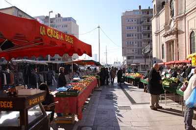 Daily market in Toulon