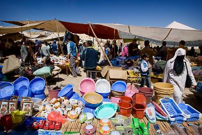 Around Fes: Weekend market