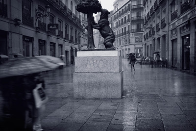 MADRID - Puerta del Sol, Calle del Carmen: The 'Bear and the Strawberry Tree' a bronze statue that has become the symbol of Madrid (I'm not sure why).