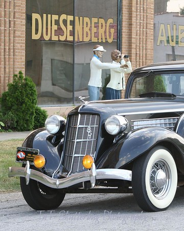 A close up of the front of the Auburn Automobile.