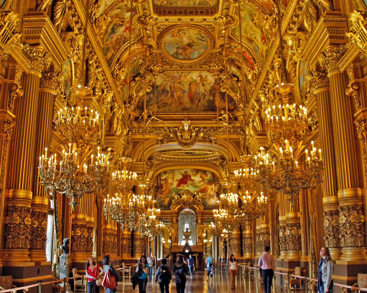 Inside the Opera house .. every surface is decorated !