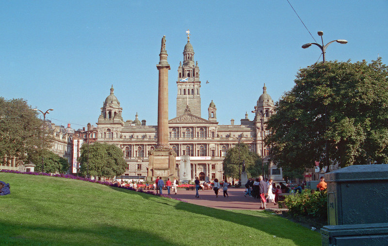 Glasgow - the first stop on the trip - and home to McLennans and Seatons in the 19th and 20th centuries. This is George Square and the town hall.