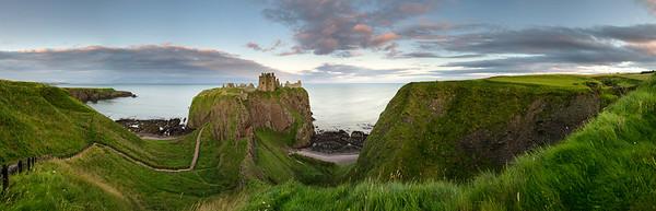 Dunnottar Castle Pan 1-1