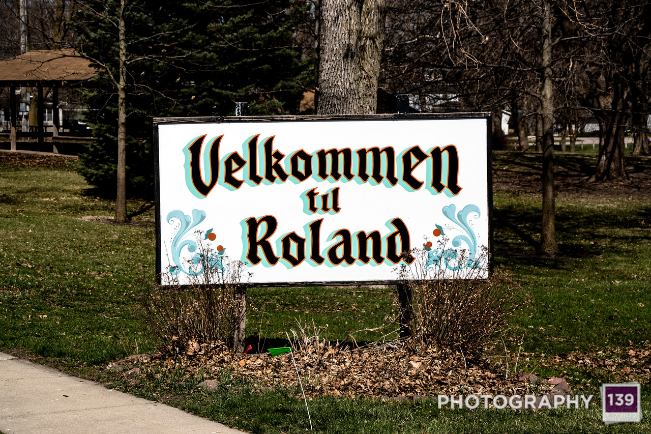 Roland Town Sign
