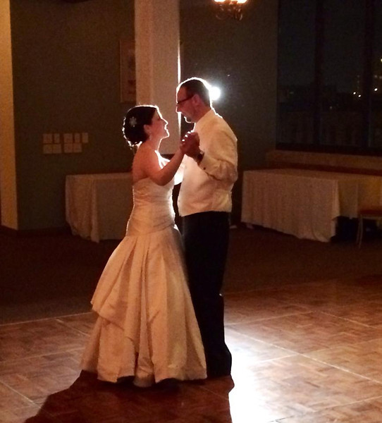 Tracy and Dan Schwab -- first dance