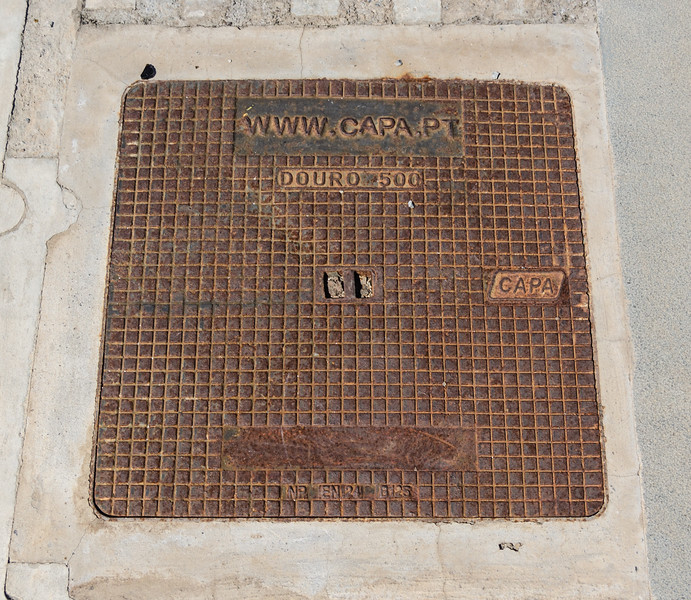 Funchal manhole cover