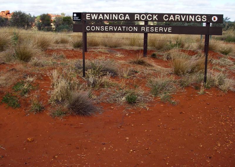 Ewinga Carvings, near Alice Springs