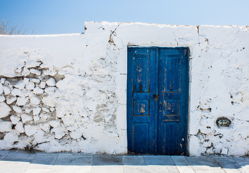 Door to nowhere, Santorini, Greece