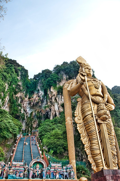 "<a href=""http://en.wikipedia.org/wiki/Batu_Caves""onclick=""window.open(this.href,  null, 'height=537, width=780, toolbar=0, location=0, status=1, scrollbars=1, resizable=1'); return false"">Batu Caves</a>, Kuala Lumpur, Malaysia."