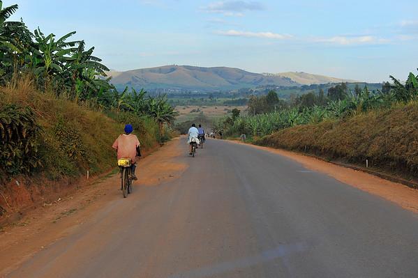 _DSC3410e Road w bikes
