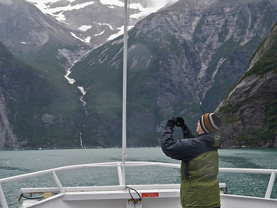 Tourist in Tracy Arm Copyright 2009 Neil Stahl