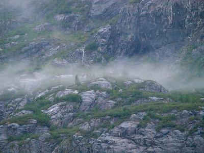 Foggy Highlands along Tarr Inlet Copyright 2009 Neil Stahl