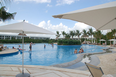 Grand Mayan private pool with  games and snack  bar area - plenty of room for everybody