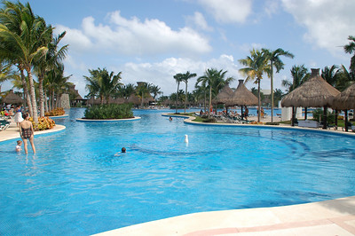 Grand Mayan Swimming pool: over 1000 feet in length, one of the longest in Latin America.