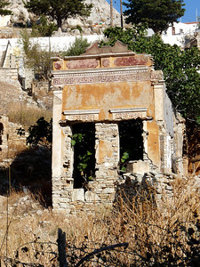 Symi had lots of damage in WW11 much still evident