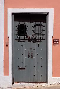 Doors_P1020215