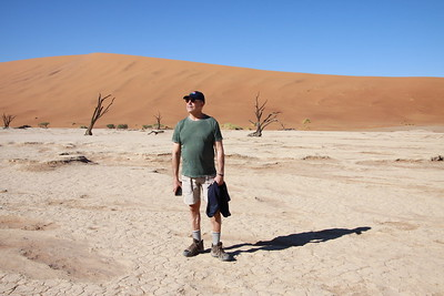 Chuck in DeadVlei