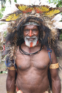 Huli wigman with bird of paradise feathers
