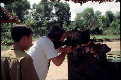 Cliff shooting M16
