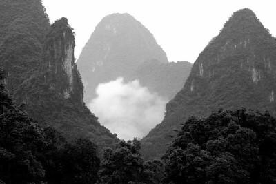 Mountains along Li River near Guilin 11