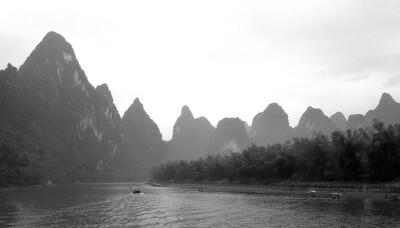 Mountains along Li River near Guilin 8