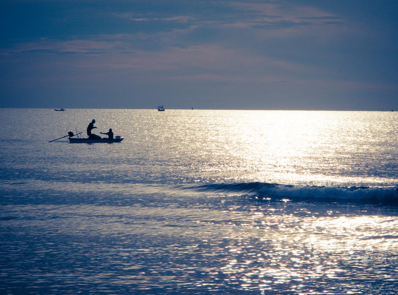 'Mates in the ocean'