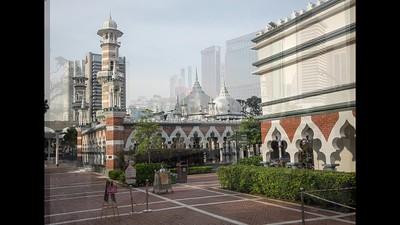2018 Malaysia, Kuala Lumpur, Jamek Mosque.