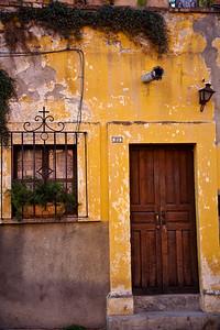 Rust coloured building In San Miguel de Allende