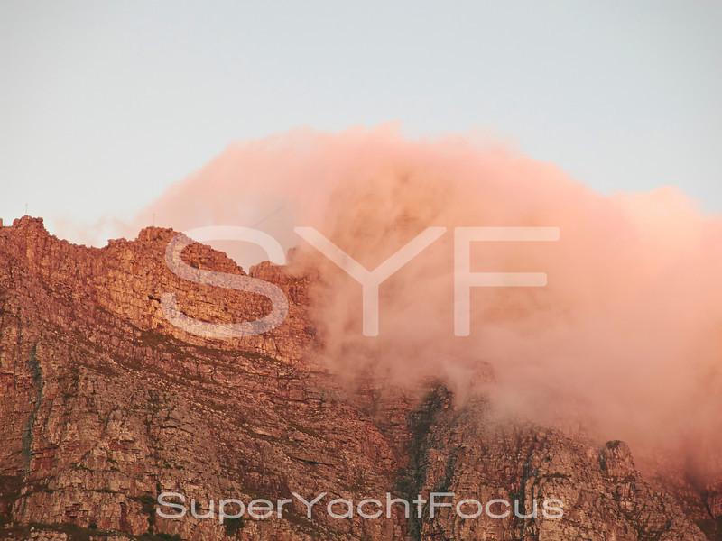 Cloud on Table mountain, SA