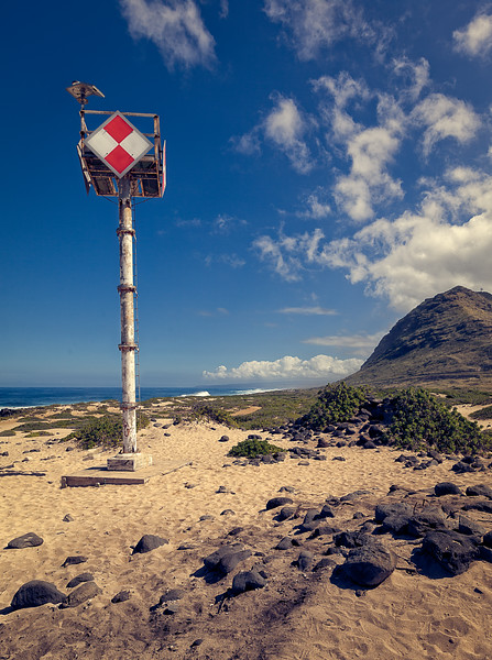 Lifeguard Tower at Ka'Ena Point on Oahu, Hawaii