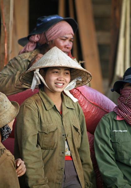 Manioc worker, Buon Ma Thout, Vietnam