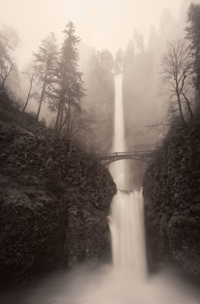 Multnomah Falls in the Rain