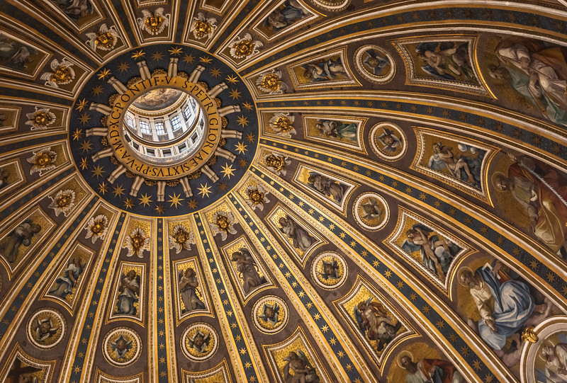 The Dome of St Peter's Basilica.CR2
