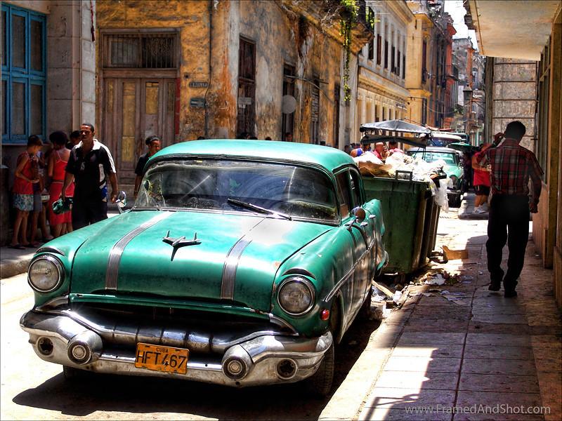 <center><Strong>Car in  Havana, Cuba.