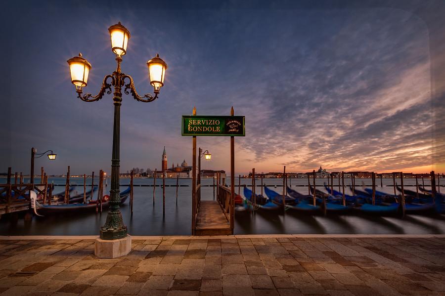Servizio Gondole Venice Italy