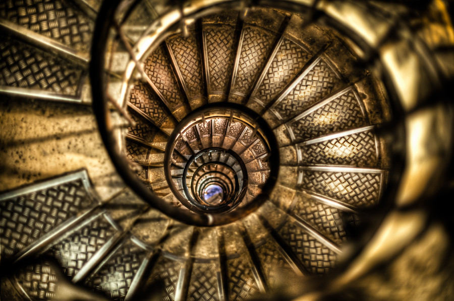 http://batteredluggage.smugmug.com/Travel/Travel/i-q5pqMZv/5/900x900/The%20Golden%20Spiral-900x900.jpg